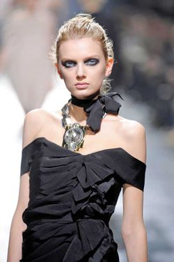 The-IT-Necklace_Lanvin_AW08