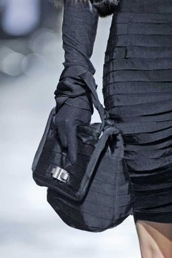 The-Party-Bag_Lanvin_AW08