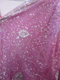 Lakshmi2_pinkdetail